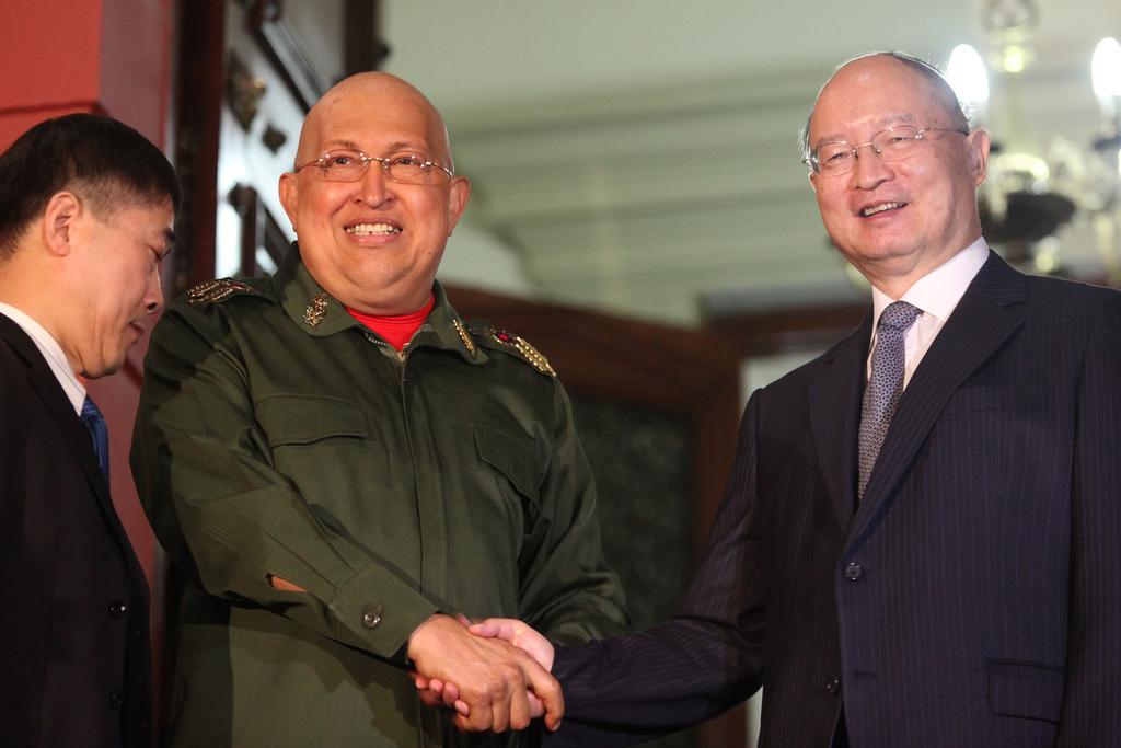 Hugo Chávez và Trần Nguyên